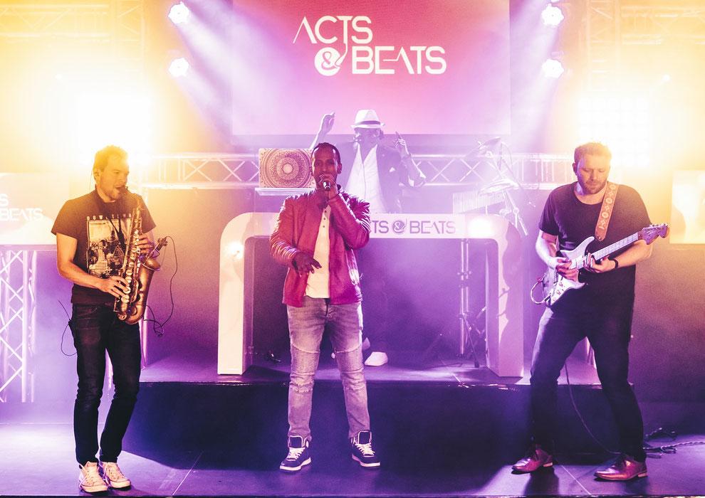 Künstleragentur aus NRW vermittelt DJ Plus Livemusiker Konzepte deutschlandweit