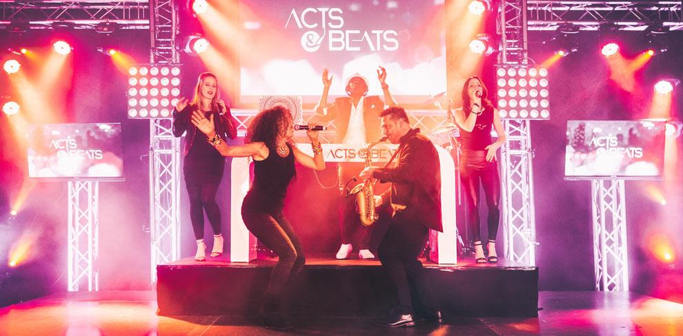 Musik zur Hochzeit mit Hochzeitsband ACTS & BEATS aus NRW.