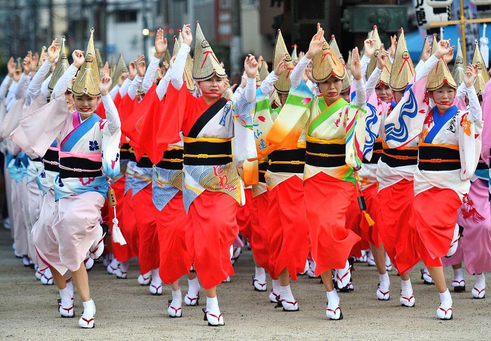 1.徳島に行きま賞 「総踊り」