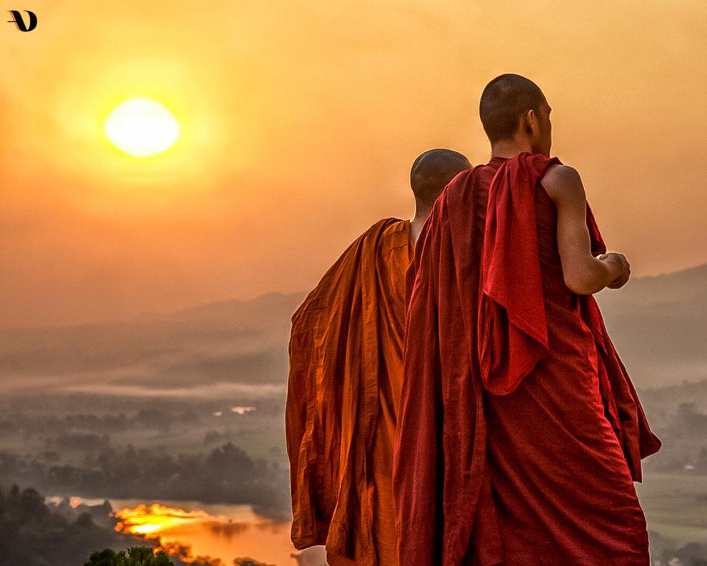Moines sur les hauteurs de Hsipaw - Haute-Birmanie