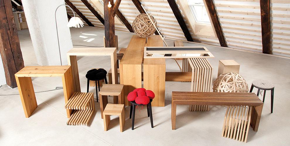 Tisch und Couchtisch und Sitzbank raumgestalt