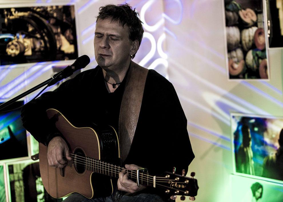 Wohnzimmerkonzert Privatkonzert Feier Hochzeit Geburtstag Geschenk Gala Livemusik Livekonzert Fest Live Musik Firmenfest Firmenfeier