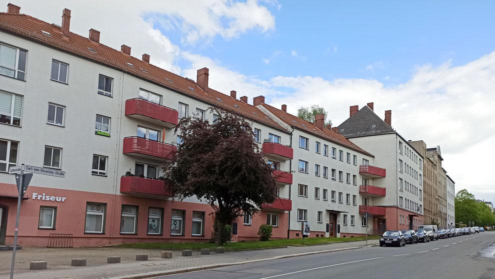 Chemnitz-Lutherviertel: Blick auf Wohngebäude entlang der Carl-von-Ossietzky-Straße