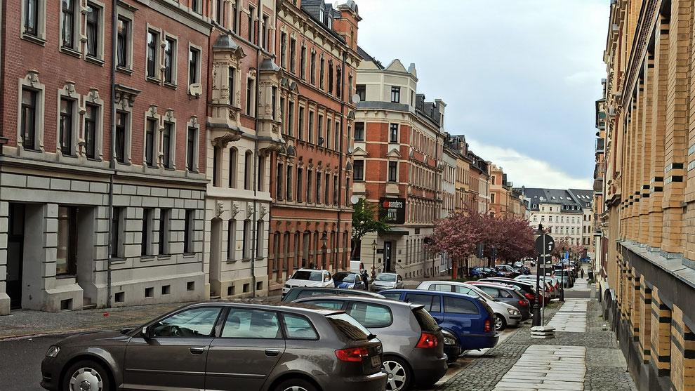 Chemnitz-Sonnenberg: Blick auf gründerzeitliche Wohngebäude an der Uhlandstraße