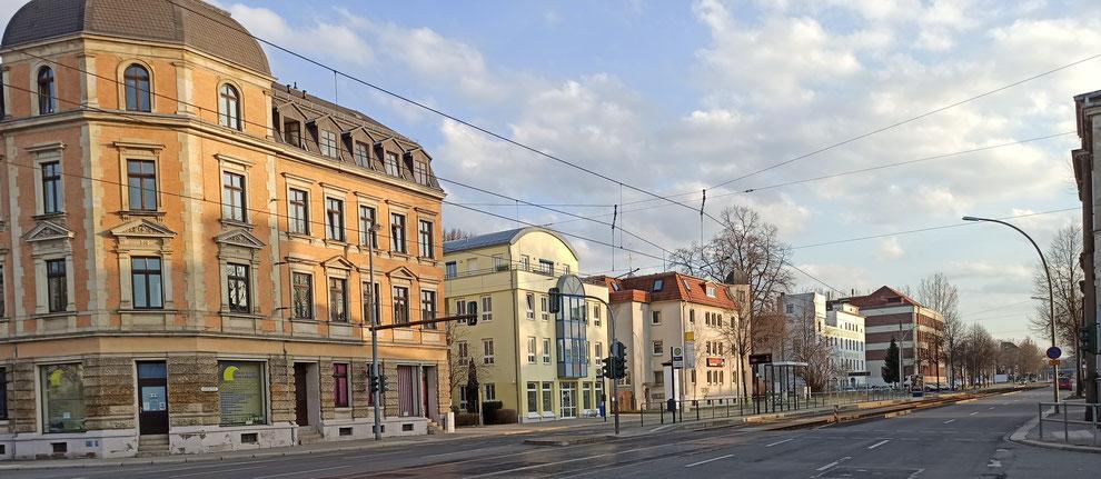 Chemnitz-Altchemnitz: Blick auf verschiedene Wohngebäude entlang der Annaberger Straße, die sich über mehrere Kilometer durch den Stadtteil zieht