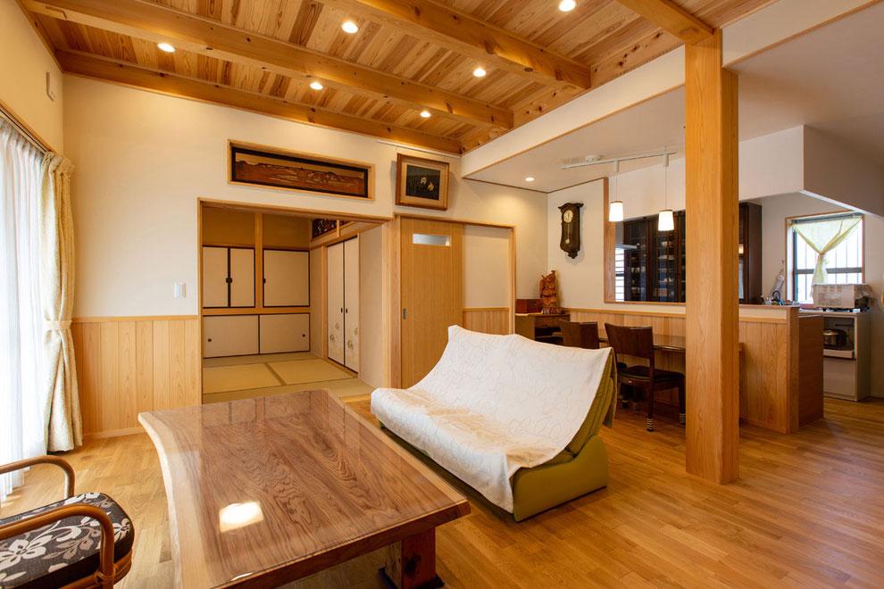 愛知県北名古屋市 S様邸_リビングとキッチン