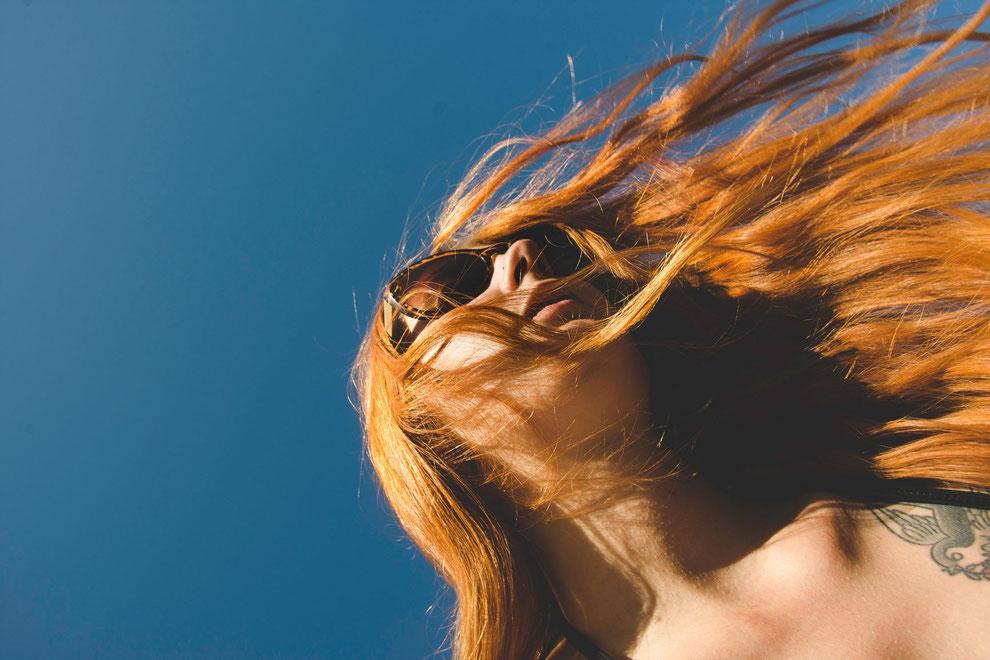 cheveux roux détachés