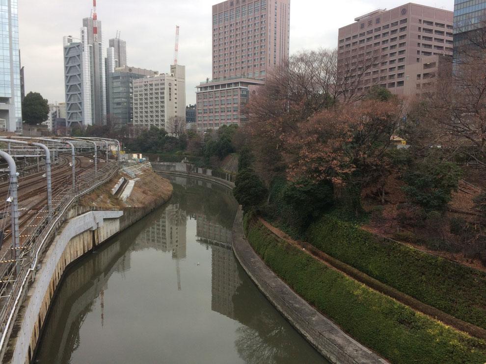 お茶の水橋からの眺め