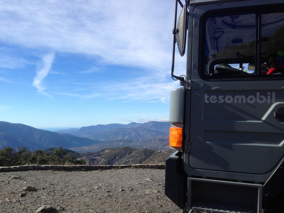 expedition vehicles overland truck expedition truck adventure truck camper Allrad-Reisemobil, Expeditionsmobil, Actionmobil, Bliss-Mobil, Off-Road-Wohnmobil, Weltreisemobil, Fernreisemobil, LKW-Reisemobil, Allrad-Expeditionsmobil oder mit Toe-Experience