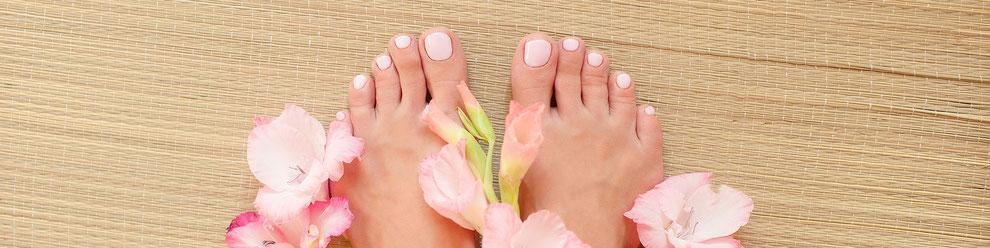 Fußnägel lackieren im Fußpflegestudio M. König