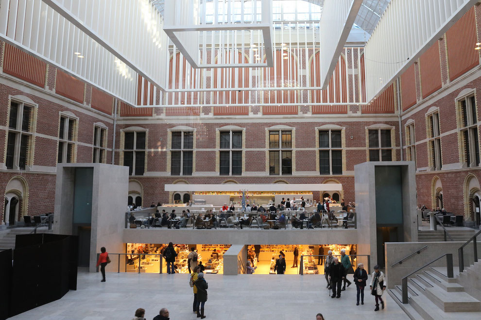 Café im Rijksmuseum Amsterdam