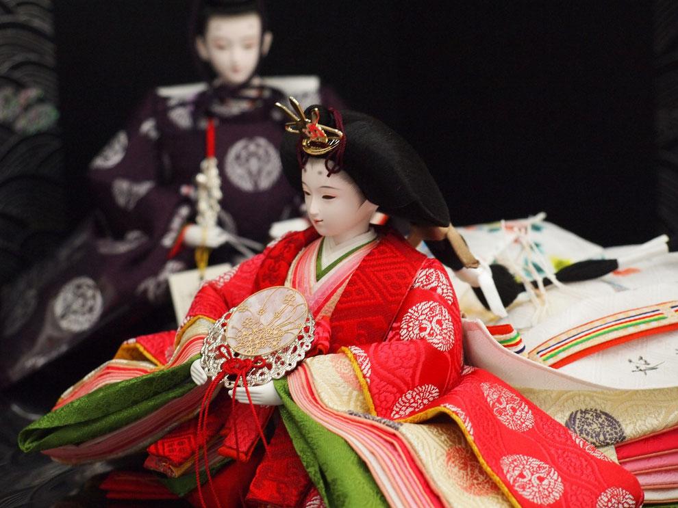 ケース飾り雛人形