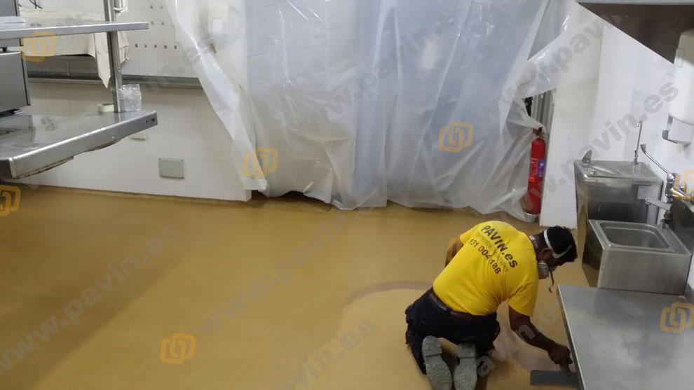 Suelos y pavimentos industriales para la hostelería en 24 horas renovando el viejo pavimento