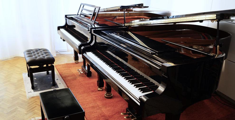 Klavierunterricht an zwei Klavieren