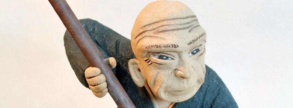 葛飾北斎の陶人形