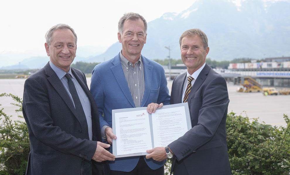 Von links / Left to right / De gauche à droite : Gerhard Schmidt (ECSG Salzburg 2019), Roland Hermann (Salzburg Airport) und Obmann Manfred Pammer (ECSG Salzburg 2019).