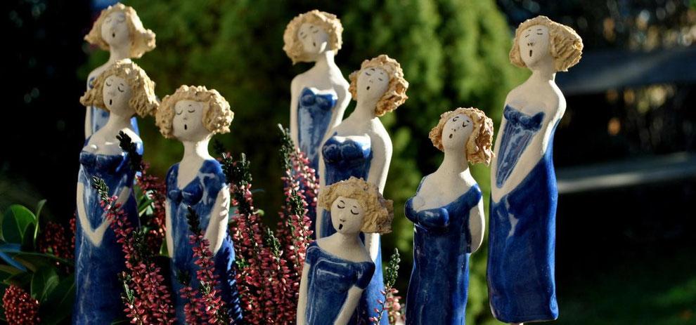 Keramikdamen Swinging Ladies online im Töpfer-Atelier erhältlich