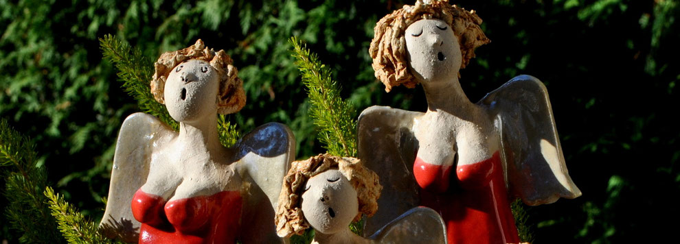 Zu den Keramik-Engeln