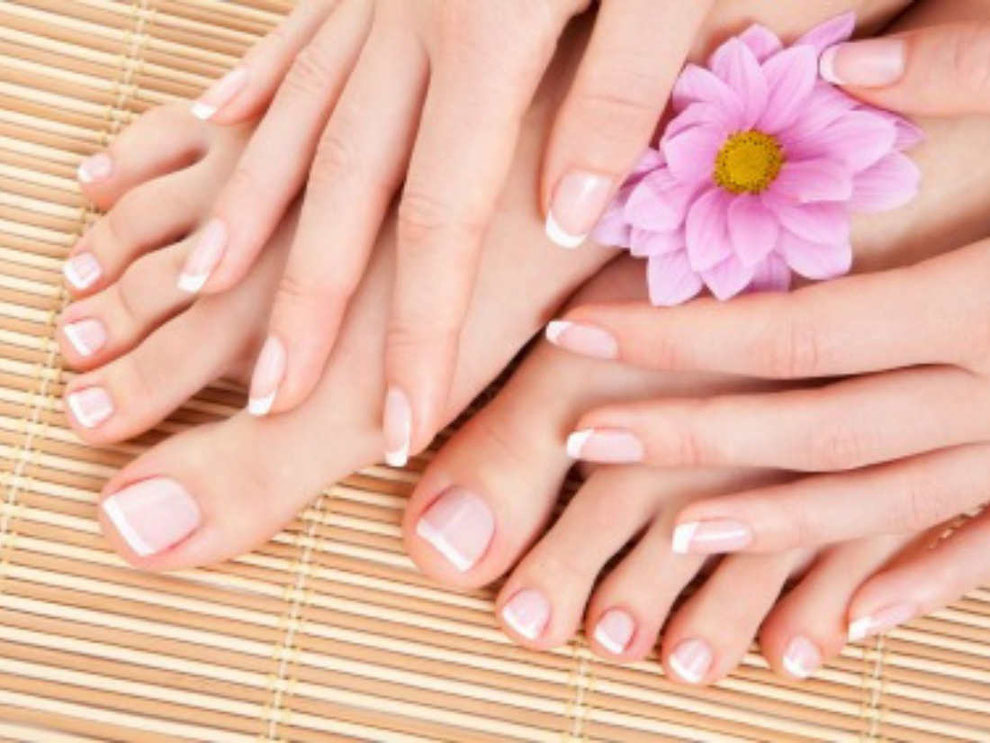 Manicure, Pedicure, Shellac