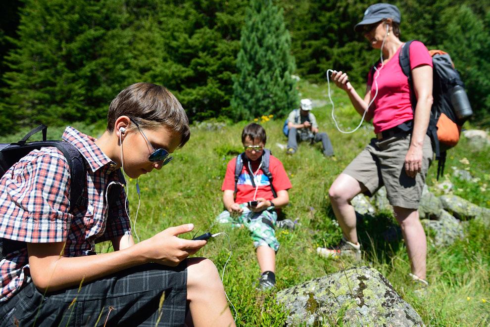 Interaktiv unterwegs im Rahmen einer Exkursion des Projekts «Klima macht Schule» - Copyright Lorenz Andreas Fischer
