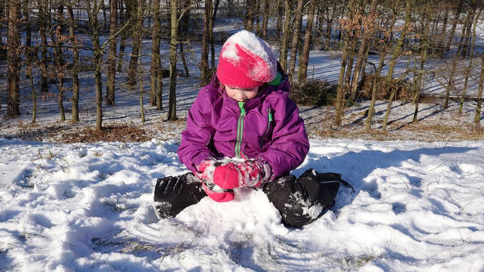 Der Versuch einen Schneemann zu bauen...
