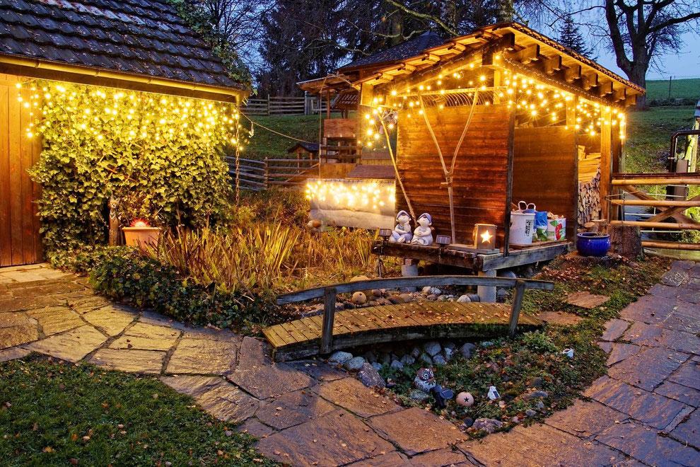 Advent, Advent, die ersten Lichter leuchten, leider ohne Schneegestöber.