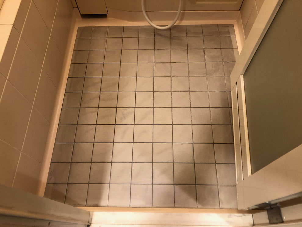 浴室用シート貼り