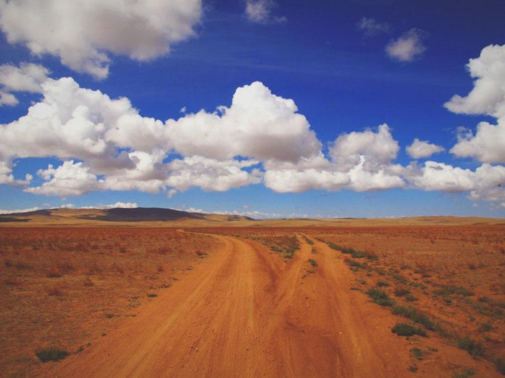 bigousteppes mongolie piste route camion désert