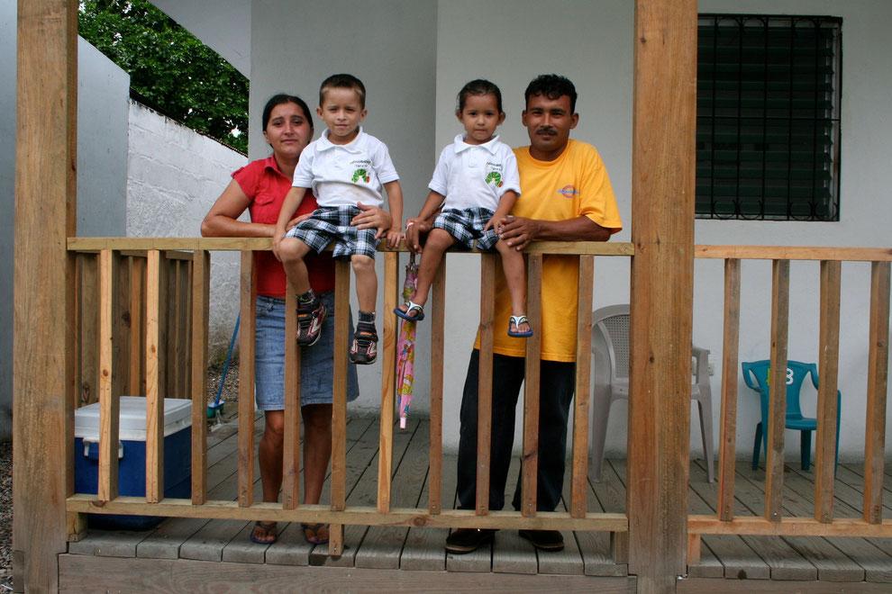 Wilmer Perdomo mit Familie