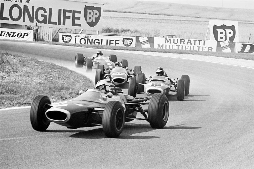 grand prix course automobile histoire lasne exposition photos