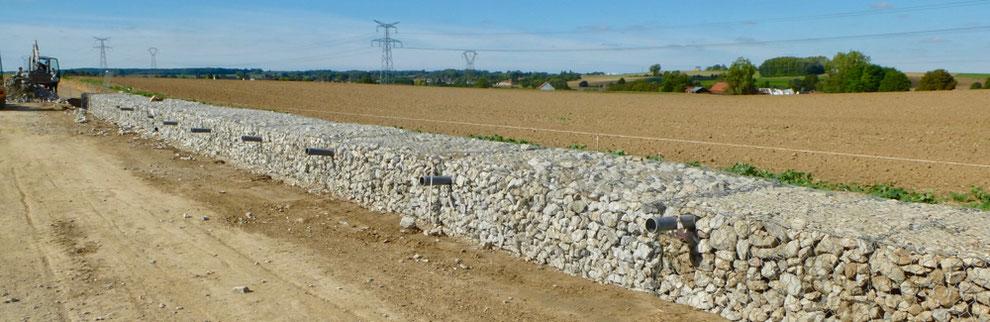 Construction d'un ouvrage en gabions par l'Entente à Buchoire (60)