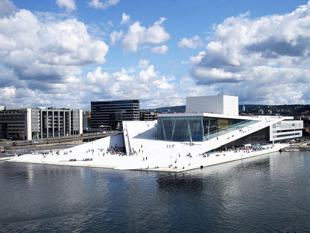 New Opera House in Oslo: BGV C1/3 VMK-S Kettenzüge von Movecat