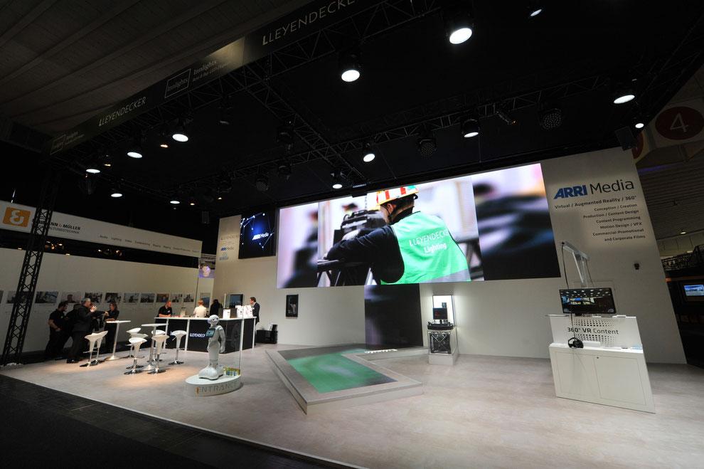 LLEYENDECKER präsentierte Möglichkeiten aktueller Bühnenkinetik auf Best of Events 2017 in Dortmund