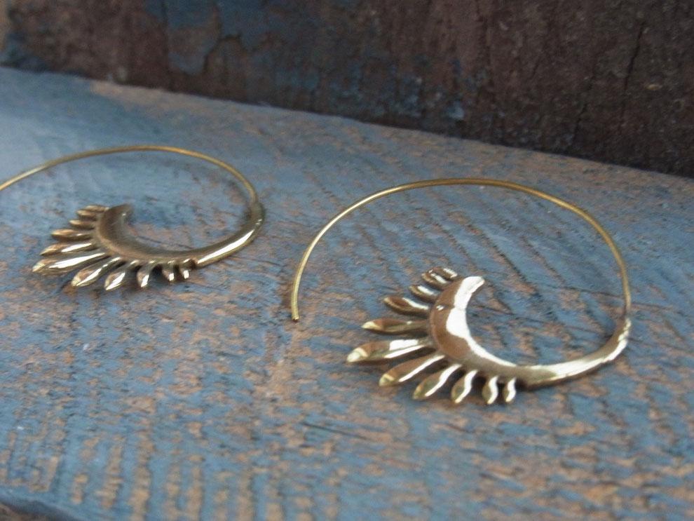 Ohrring Spiralen aus vergoldetem Messing
