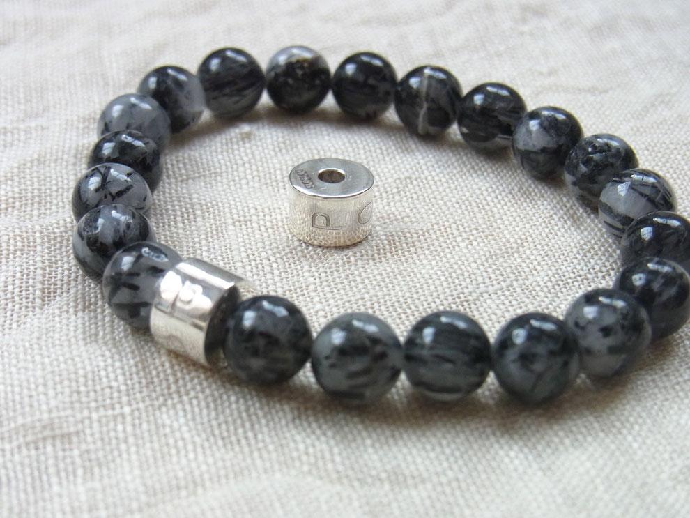 Edelsteinarmband mit Silberperle und Gravur POWER und schwarz grauen Turmalinquarz Kugeln