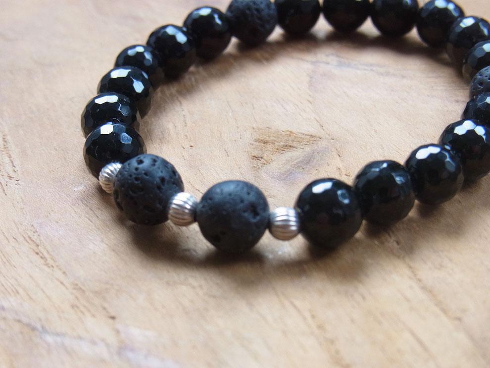 Edelsteinarmband aus schwarzen Onyx und Lava Stein Kugeln