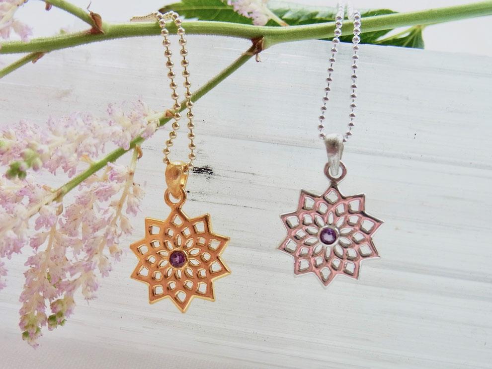 Kette mit kleiner handgschmiedeten filigranen Lotusblume und Amethyst Anhänger aus Silber