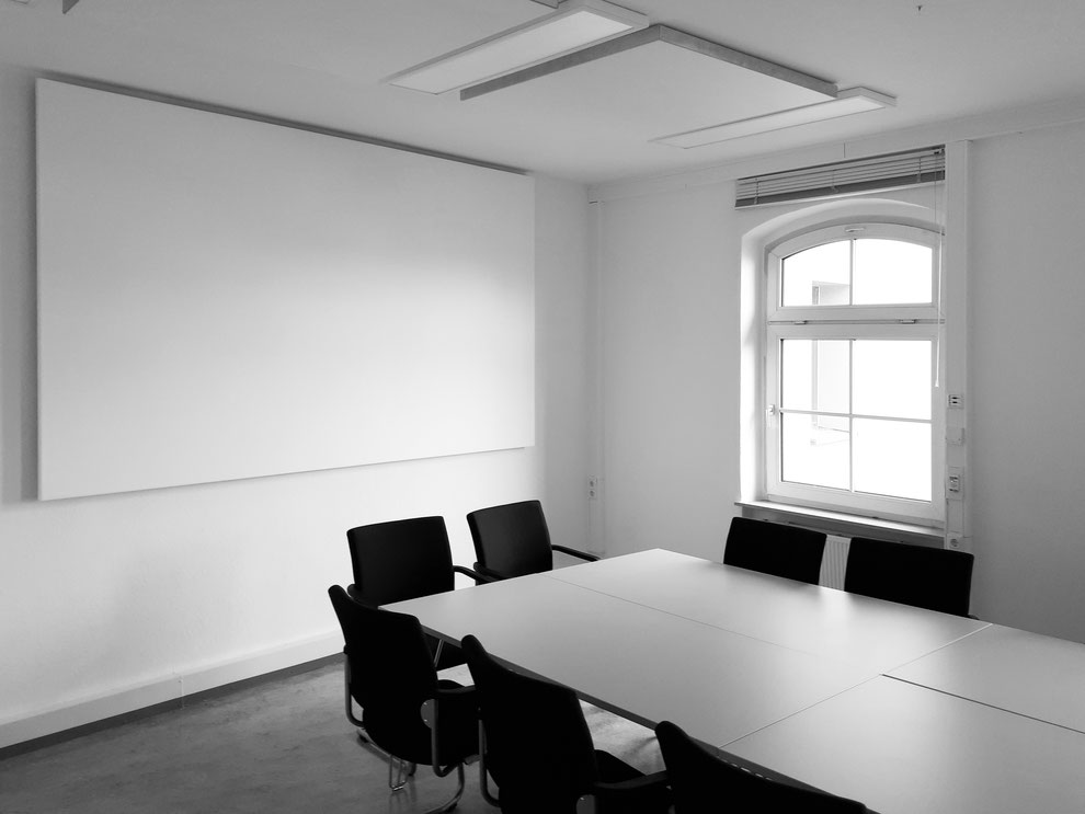 Akustische Sanierung eines Konferenzraums