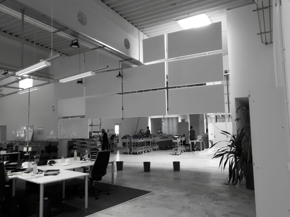 Akustische Trennung von Arbeitsbereichen