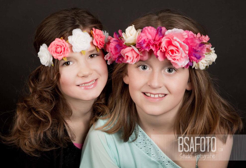 Familieshoot, Fotofeestje bij familie, fotostudio, oosterhourt, regio, Fotofeestje!   #Uniek #fotofeestje-meiden #organiseren #fotofeest #glamour #modellen #foto #limburg #brabant #meisjes #meiden #make-up