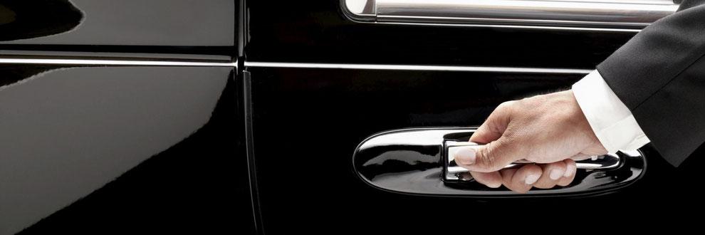 Zuerich Chauffeur, VIP Driver and Limousine Service with A1 Chauffeur and Limousine Service Zuerich