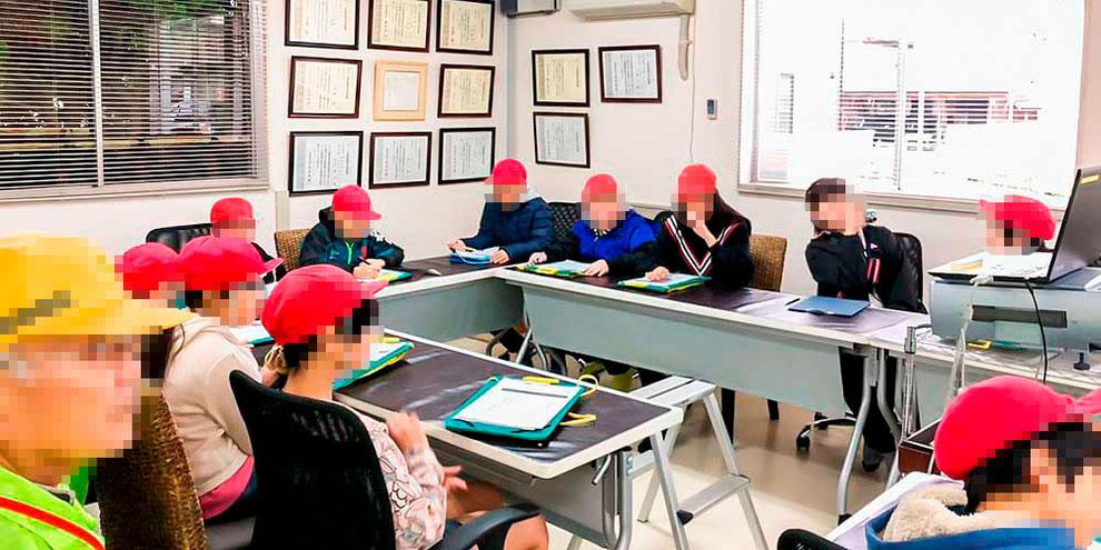 新潟市立松浜小学校5年生、三松製作所工場見学