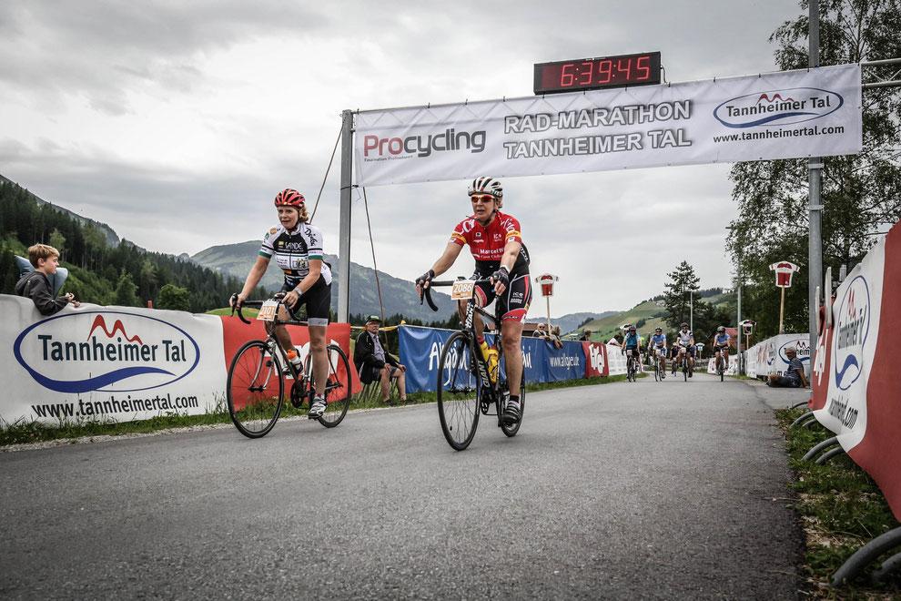 VOR-TOUR der Hoffnung und Casa Ciclista im Ziel! 130 km! Done! (Foto: Sportograf)