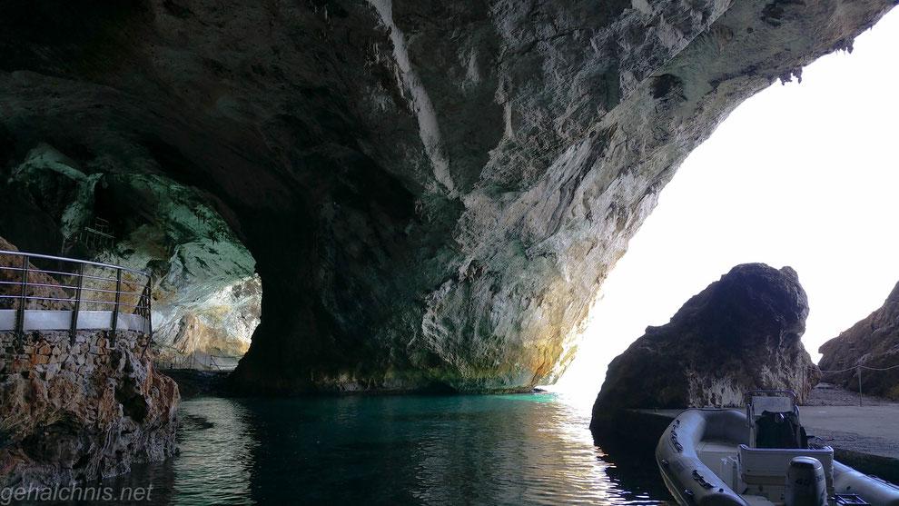 Grotta Bue Marino