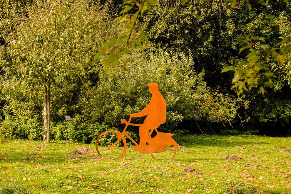 """Skulptur """"Radfahrer"""" - passend zu Münster"""