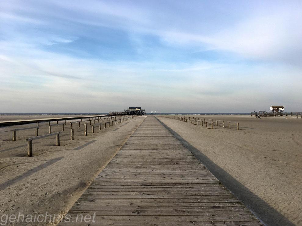 Gerade aus zu zur Strandbar 54° Nord