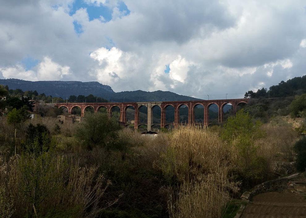 Bahnviadukt bei Duesaigües