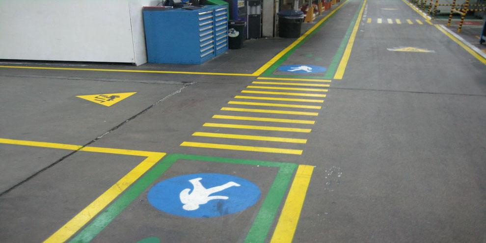 Pinturas para la señalización industrial en la empresa