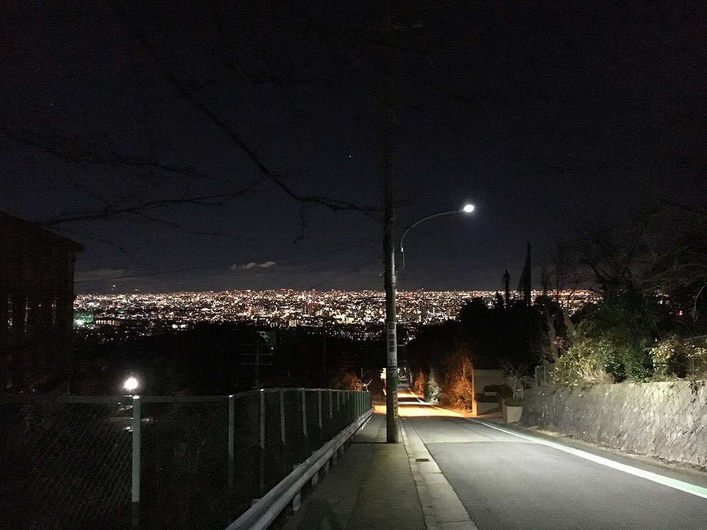 神戸から大阪の夜景