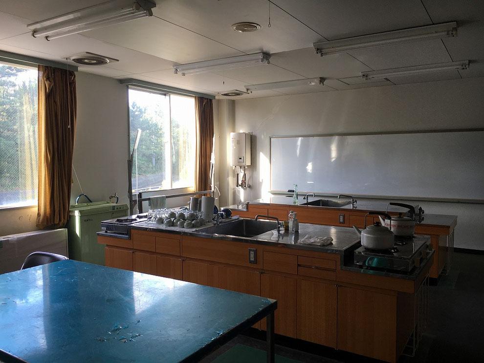 池島中央会館の調理教室